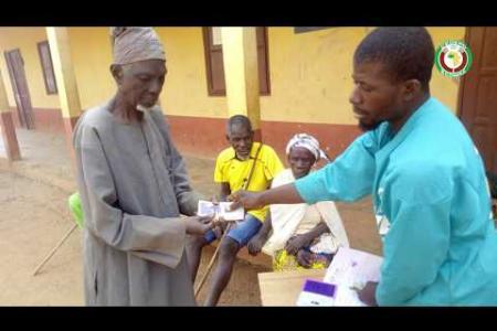 Embedded thumbnail for Expérience des projets pilotes de filets sociaux de sécurité en Afrique de l'Ouest